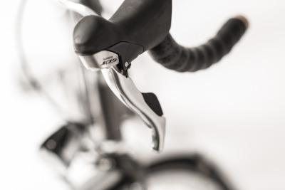Rakete Herrenrad Randonneur Anthrazit Detail Schalthebel Shimano 105