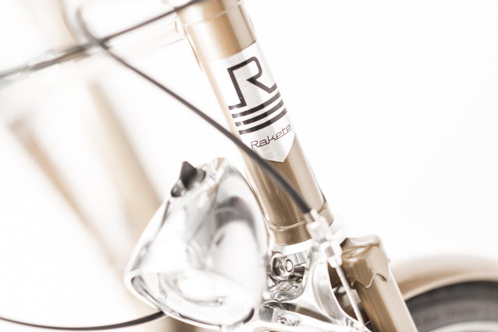 Rakete Damenrad Mixte in Perlgold Detail Beleuchtung