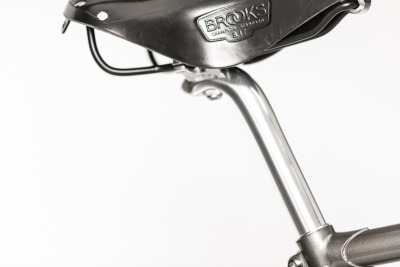 Rakete-Herrenrad-Randonneur-Anthrazit-Detail-Brooks-Sattel