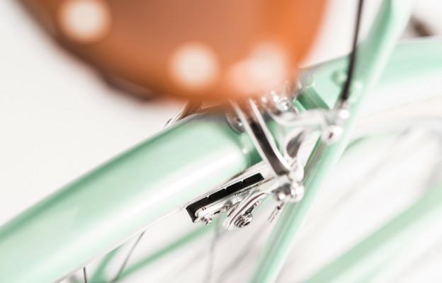 Rakete Damenrad Corniche in Pfefferminz Detail Schutzblech in Rahmenfarbe