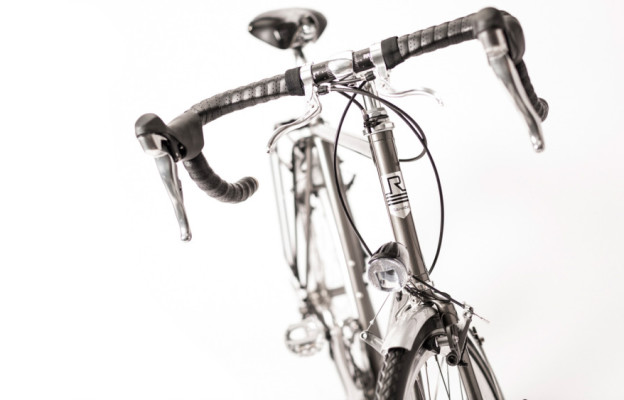 Rakete Herrenrad Randonneur Anthrazit Detail frontal